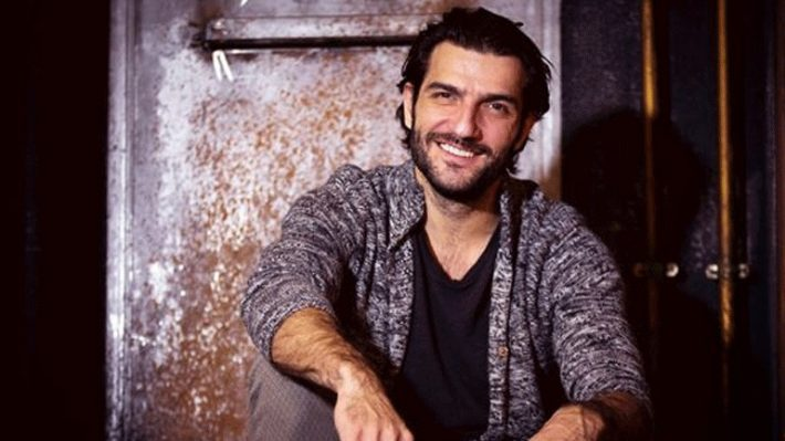Γνωστός ηθοποιός θα παρουσιάζει τηλεπαιχνίδι στην ΕΡΤ