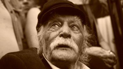 «Έφυγε» ο μεγάλος ο Μανώλης Γλέζος