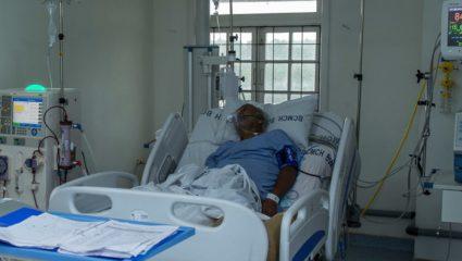 Θύμισε ταινία ζόμπι: Ασθενής με κορονοϊό δραπευτεύει και σκοτώνει γυναίκα δαγκώνοντάς την