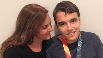 Μπράβο, πρωθυπουργέ! Επικοινωνία Μητσοτάκη με μητέρα παιδιού με αυτισμό