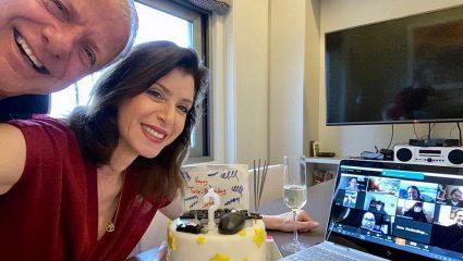 Γενέθλια μέσω… Skype για Ευρωβουλευτή