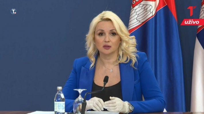 Ο θηλυκός Τσιόδρας: Η εντυπωσιακή, ξανθιά, επιδημιολόγος που καθηλώνει τους Σέρβους (Pic)