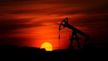 Η κρίση φέρνει χρήμα: Ποιοι Έλληνες εφοπλιστές θησαυρίζουν απ' την κατάρρευση του πετρελαίου