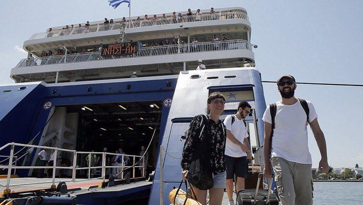 Οδηγίες: Έτσι θα γίνονται τα ακτοπλοϊκά ταξίδια το καλοκαίρι