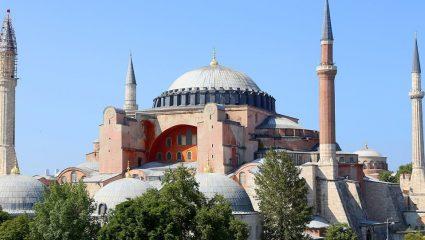 Το μπαλάκι στον Ερντογάν για την Αγία Σοφία