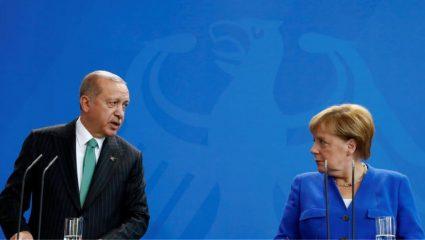 Με «κλάματα» στη Μέρκελ ο Σουλτάνος για την Ελλάδα