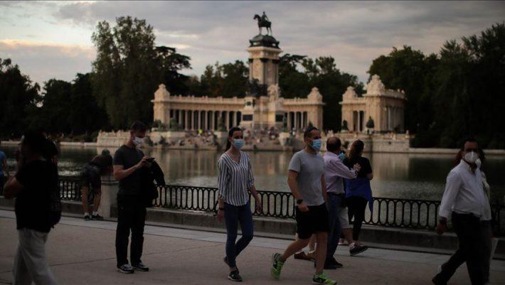 Το «θαύμα της Μαδρίτης»: Έτσι η πόλη νικάει τον κορωνοϊό με ανοιχτή την εστίαση