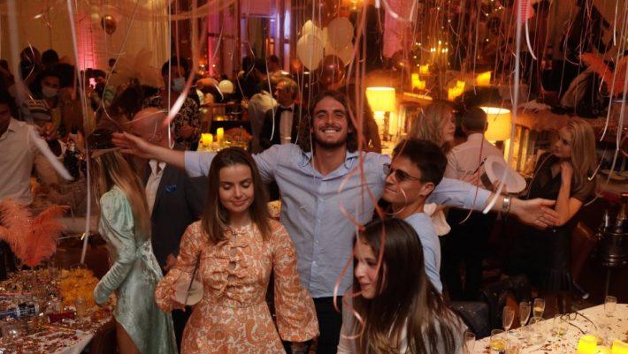 Σάλος για τις νέες φωτογραφίες από ρεβεγιόν: Αυτοί είναι οι νέοι... Τσιτσιπάδες (Pic)