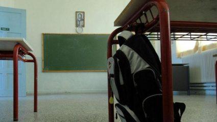 Πρόεδρος παιδιάτρων: «Θα γίνει χαμός από τις ιώσεις με τα ανοιχτά παράθυρα στα σχολεία»