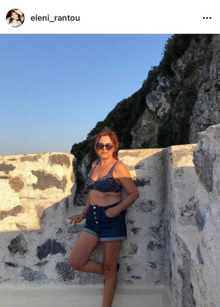 H Ελένη Ράντου «απαντά» στις influencers: Δείχνει το σώμα της στα 55 της και μας αφήνει άφωνους (Pic)