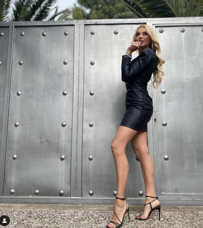 Δυο μέτρα πόδι: Η νέα φωτό της Κωνσταντίνας Σπυροπούλου προκαλεί... ζάλη (Pics)