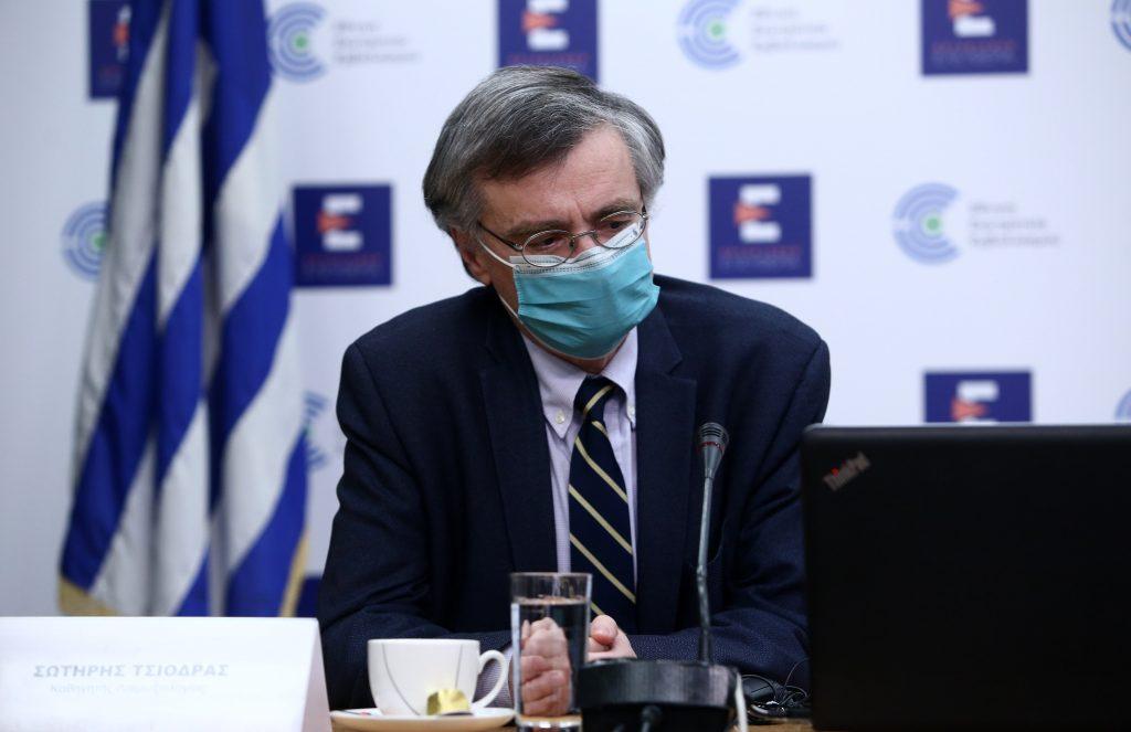 Η διαφωνία Τσιόδρα με τις επιλογές της κυβέρνησης