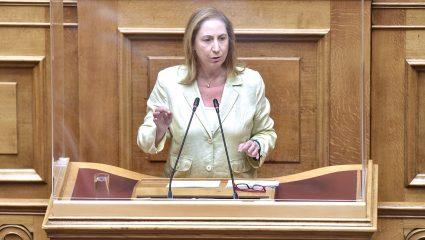 «Σφαγή» των πρώην συντρόφων του ΠΑΣΟΚ στη Βουλή – «Σκοτώθηκαν» για τα δάνεια